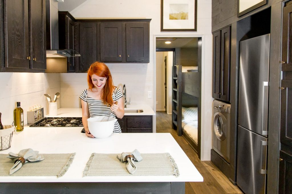 ClaytonTinyHome_JeffreyDunganCollection_TheLowCountry_Lifestyle_008_2048px